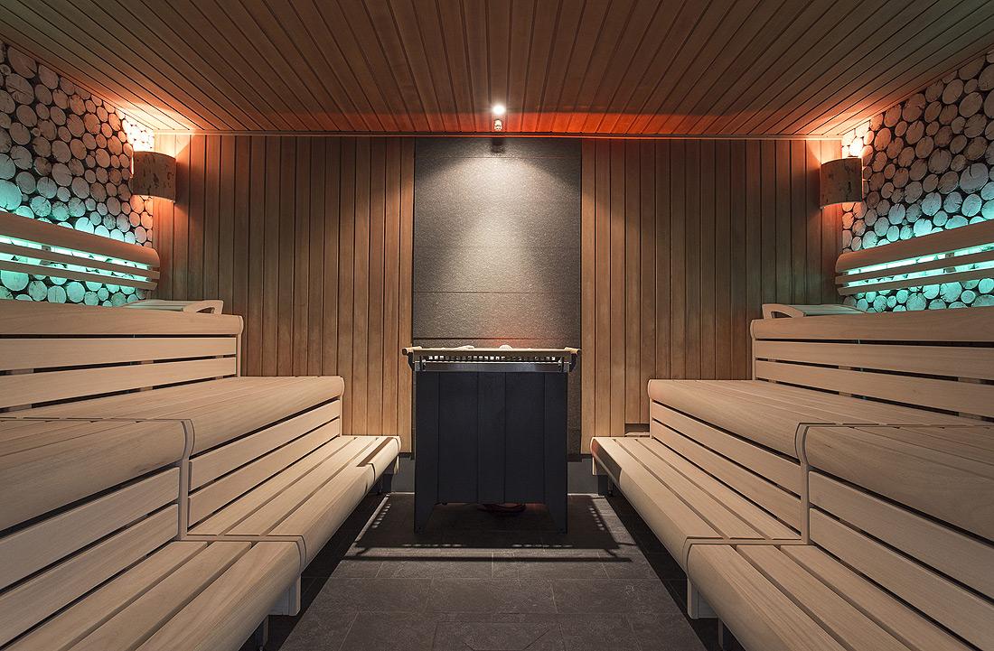 sauna im stadtbad plauen strahlt in neuem licht erdmann. Black Bedroom Furniture Sets. Home Design Ideas